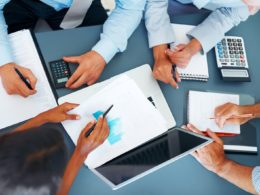 contabilidade-gestao-controle-internet-empresas-equipe-colaboradores